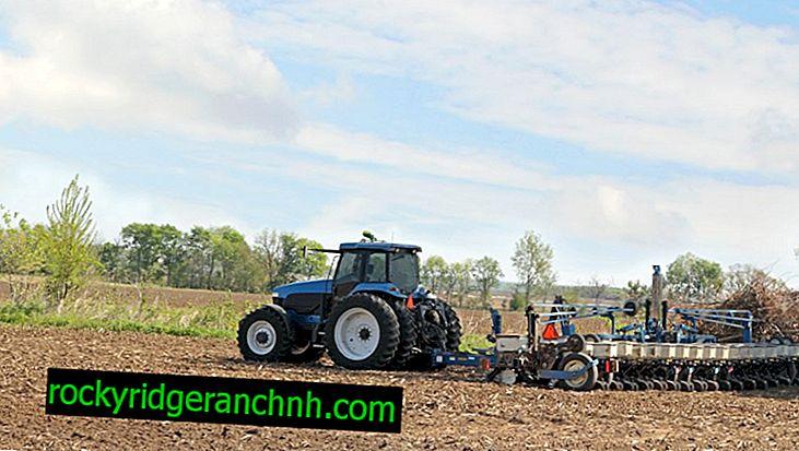 Jak udělat bramborový secí stroj pro mini traktor, udělejte to sami